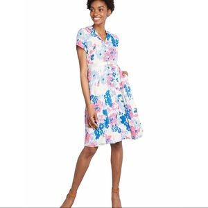 MODCLOTH Exciting Find Floral Shirtdress Large
